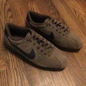 Vintage 1995 Nike Cortez BrownBlack size 10.5